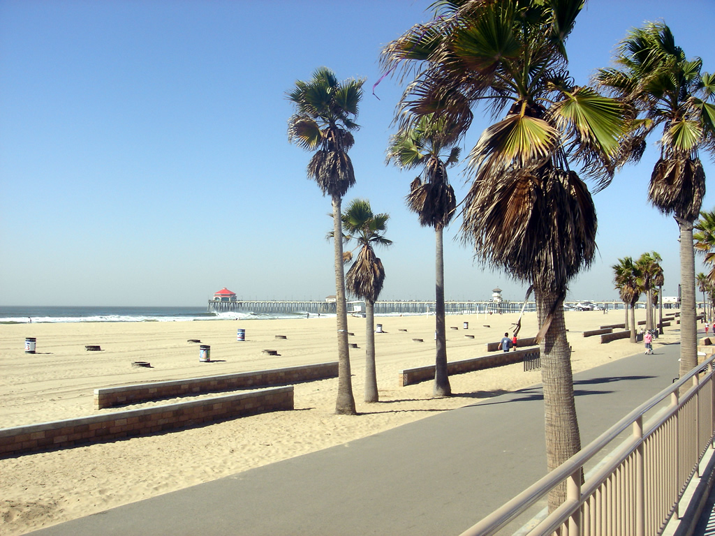 huntington beach california a tale of two cities places to visit. Black Bedroom Furniture Sets. Home Design Ideas